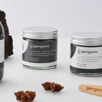 Georganics looduslik hambapulber, Valgendava aktiivsöega (60 ml)