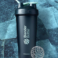 BlenderBottle Glacier Color Of The Month šeiker (820 ml)